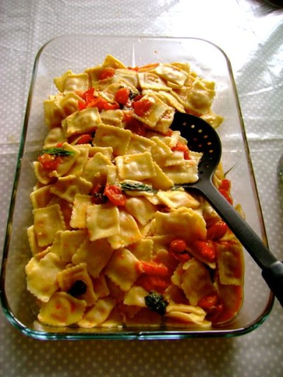 Ravioli with spinach and cherry tomato - 1