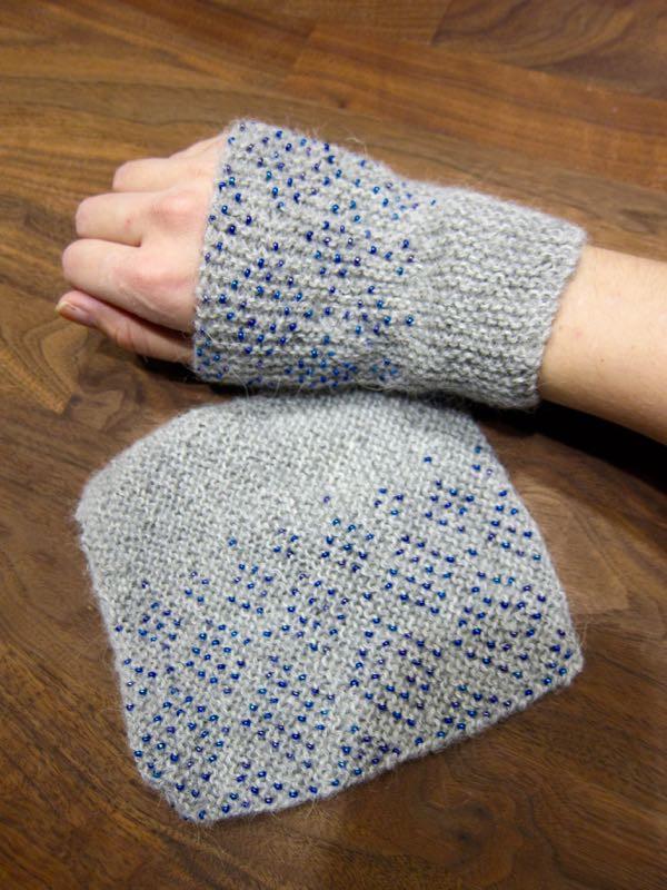 Wrist warmers with beads