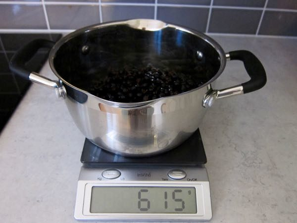 How to Make Your Own Black Currant Juice Concentrate - 2 of 12